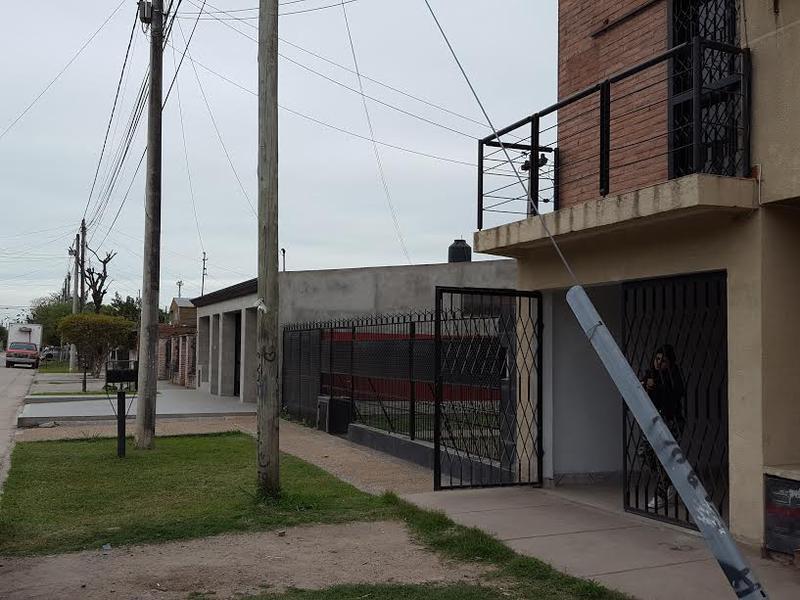 Foto Casa en Venta en  San Miguel De Tucumán,  Capital  Jujuy al 2900