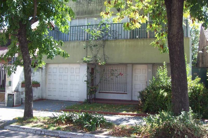Foto Casa en Venta en  Temperley Oeste,  Temperley  PROFESOR MARIÑO 567 e/ Guido Spano y Soler