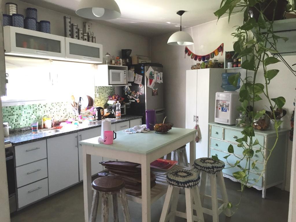 Foto Casa en Venta en  Castelar,  Moron  B. Mitre al 2100