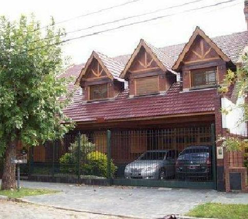 Foto Casa en Venta en  Lomas de Zamora Oeste,  Lomas De Zamora  SAN MARTIN 670, e/Paso y Castelli