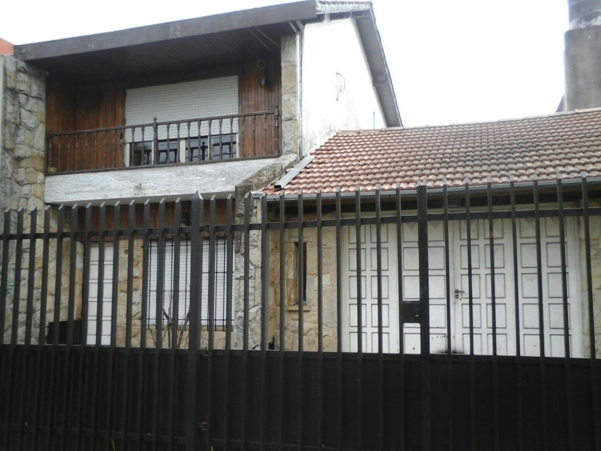 Foto Casa en Alquiler en  Moron ,  G.B.A. Zona Oeste  Moreno al 500