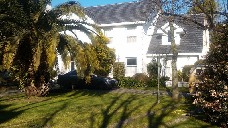 Foto Quinta en Venta en  Pilar ,  G.B.A. Zona Norte  Casa en Countrie