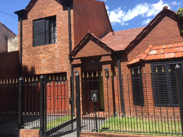 Foto Casa en Venta en  Monte Grande,  Esteban Echeverria  Recarte al 200