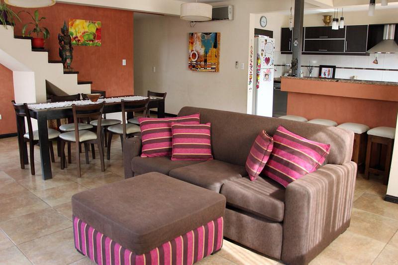 Foto Casa en Venta |  en  Luzuriaga,  Maipu  El Torreon