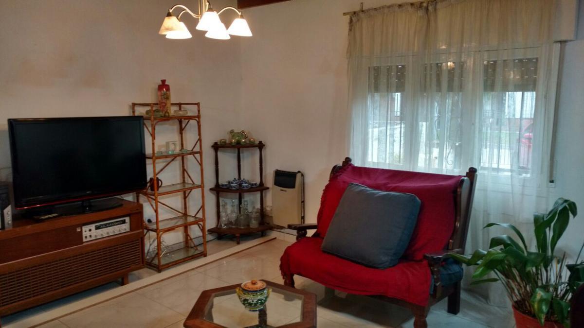 Foto Casa en Venta en  Don Torcuato,  Tigre  Rosario al 2300