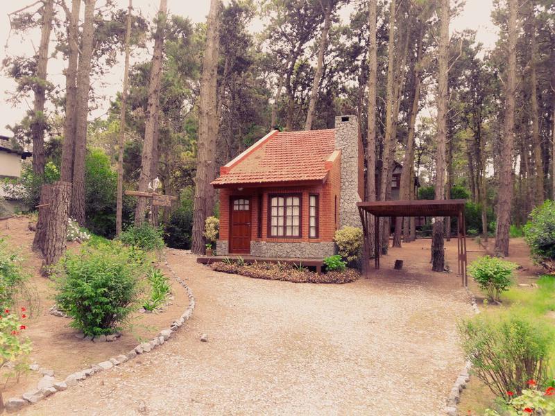 Foto Casa en Alquiler temporario en  Mar De Las Pampas ,  Costa Atlantica  Pichi Ruca