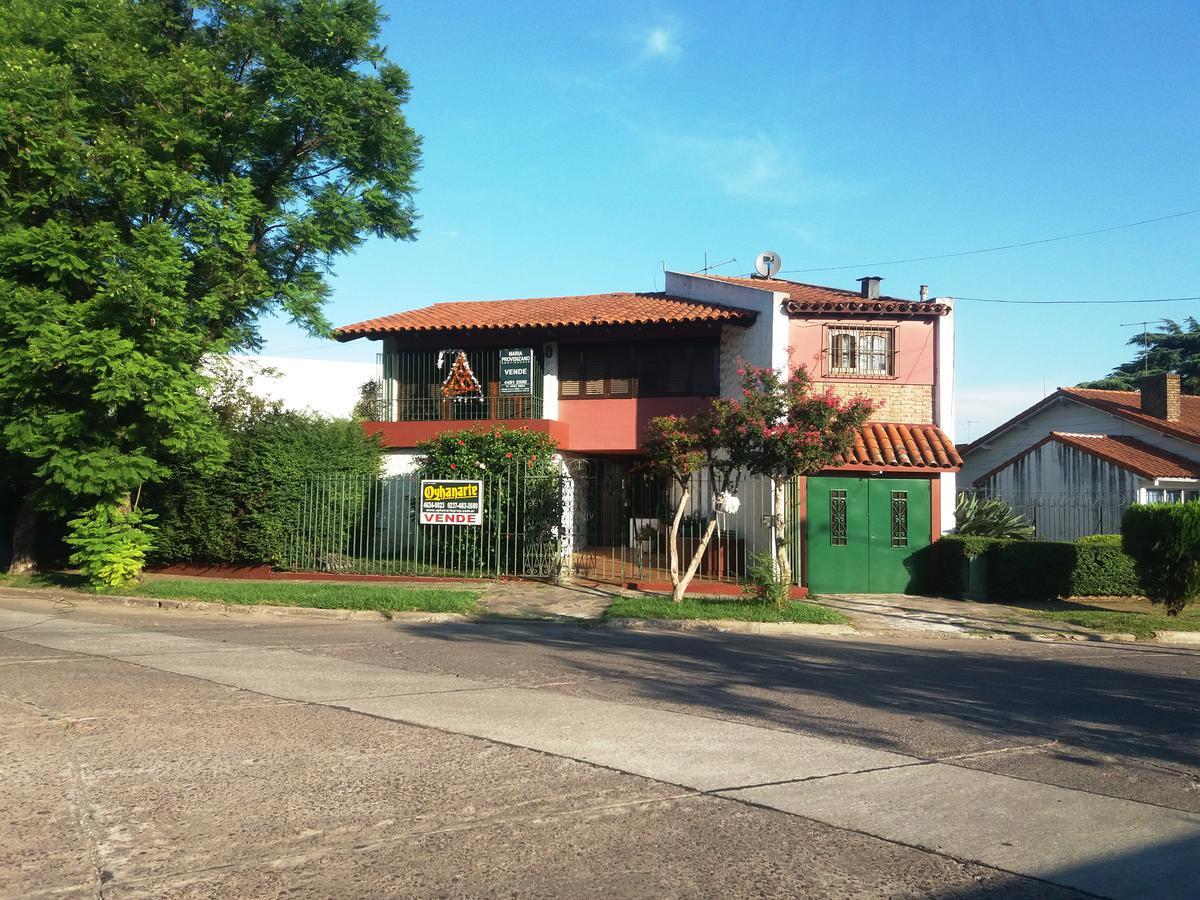 Foto Casa en Venta en  Castelar,  Moron  PEDRO GOYENA entre ALVAREZ JONTE y
