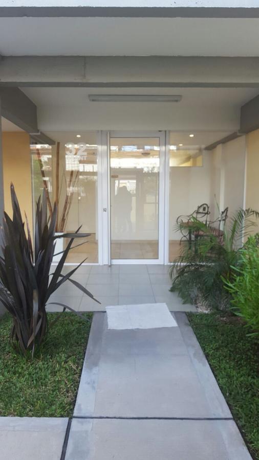 Foto Departamento en Venta en  Moron ,  G.B.A. Zona Oeste  Intendente Grant 32  e/ Munilla y Tucuman
