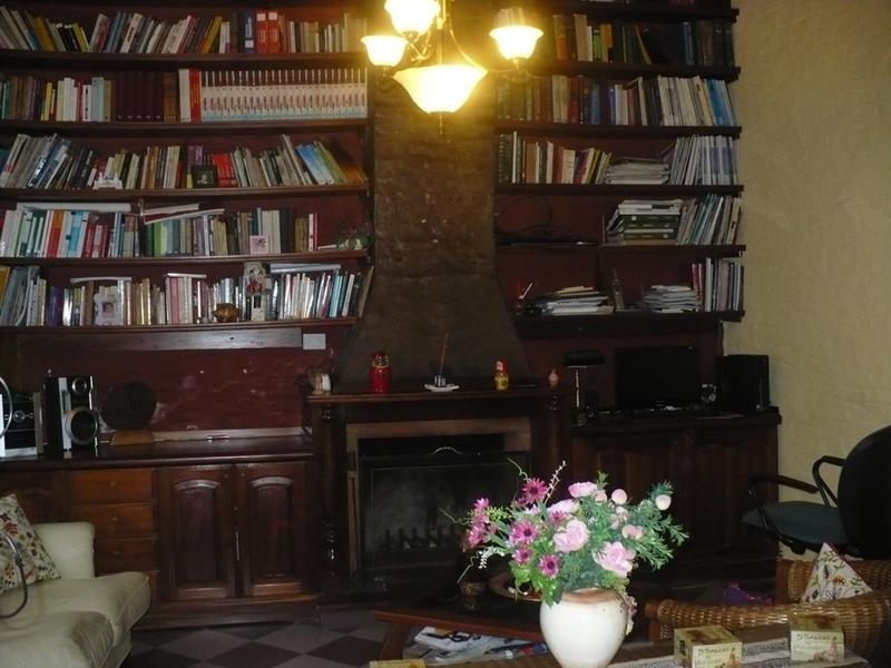 Foto Casa en Venta |  en  Lomas de Zamora Oeste,  Lomas De Zamora  DIAZ VELEZ  AL al 100