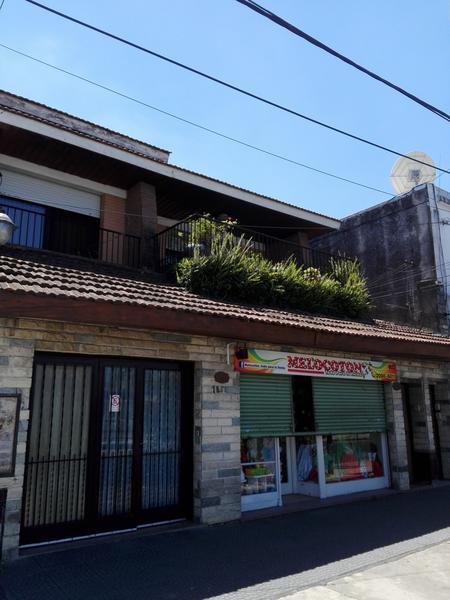 Foto Casa en Venta en  Lomas de Zamora Este,  Lomas De Zamora  Cerrito 1880 **Apto Credito**