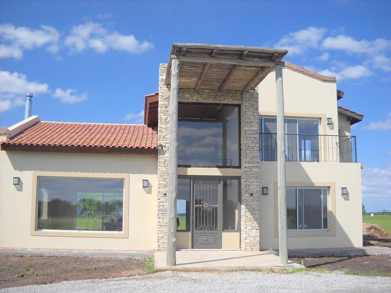 Foto Casa en Venta en  La Macarena,  Countries/B.Cerrado  La Macarena Lote 64