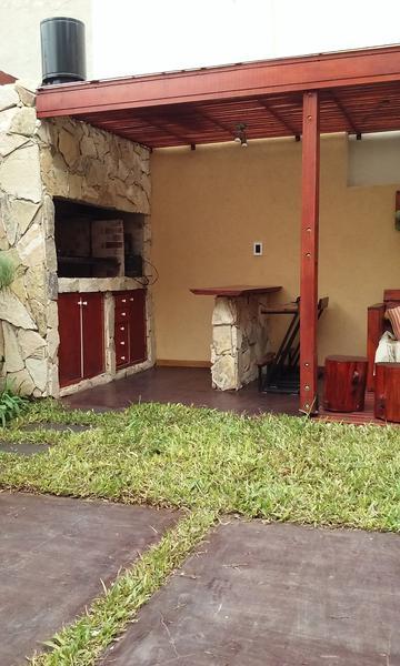 Foto PH en Venta en  Ituzaingó Norte,  Ituzaingó  Santa Rosa al 800