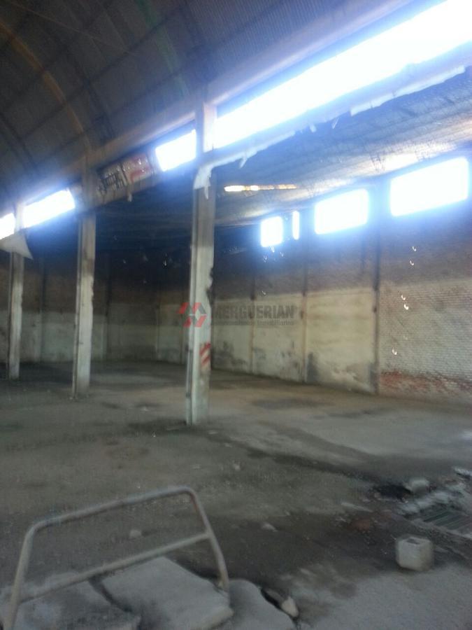 Foto Nave Industrial en Alquiler en  Amp.Yapeyu,  Cordoba  BAJADA DE PIEDRAS al 3000