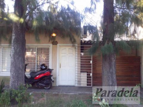 Foto Casa en Venta en  Ituzaingó,  Ituzaingó  Caracas 2200