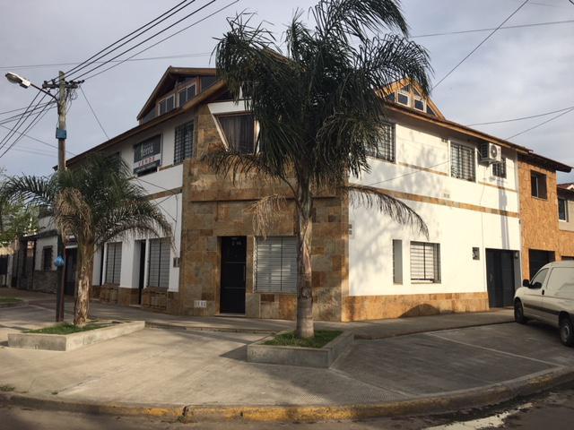 Foto Departamento en Venta en  Lomas De Zamora ,  G.B.A. Zona Sur  Portela al 2300