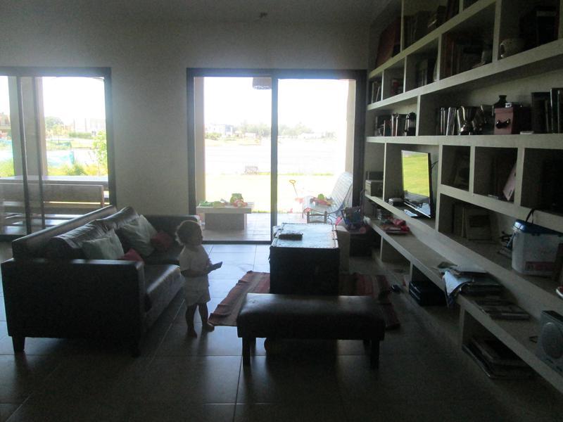 Foto Casa en Venta en  Benavidez,  Tigre  VN-San Benito al 100