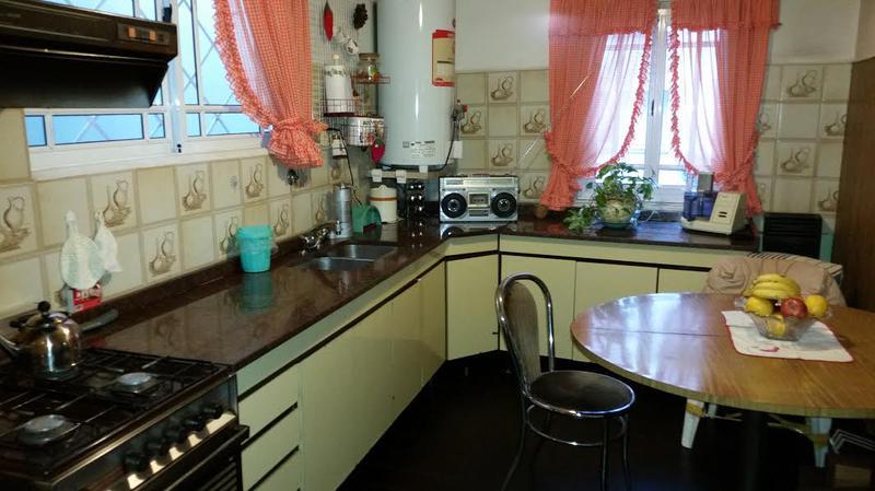 Foto Departamento en Venta en  Lanús Oeste,  Lanús  AV HIPOLITO YRIGOYEN al 4600