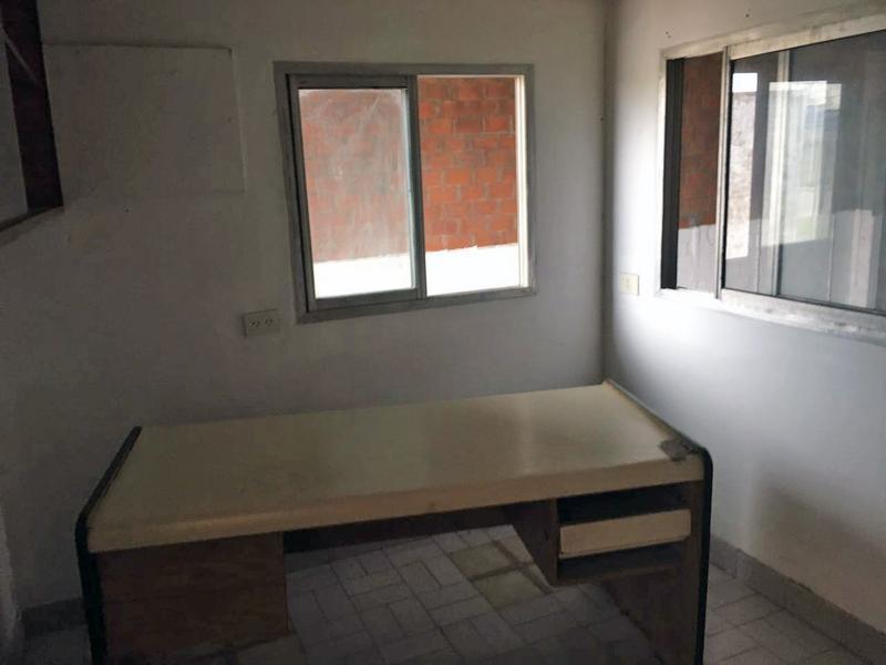 Foto Depósito en Alquiler en  Campana,  Campana  Sivori al 1300