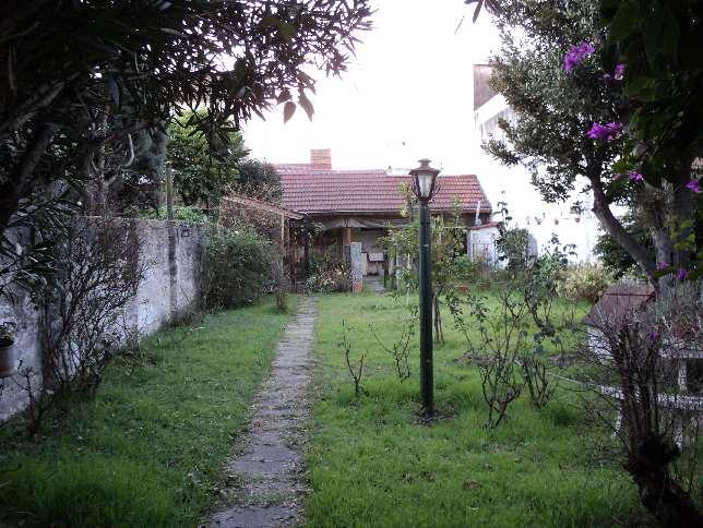 Foto Casa en Venta |  en  Ramos Mejia Sur,  Ramos Mejia  Espora al al 1200