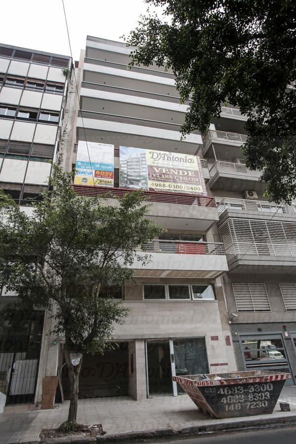 Foto Departamento en Venta en  Caballito ,  Capital Federal  Curapaligue al 400