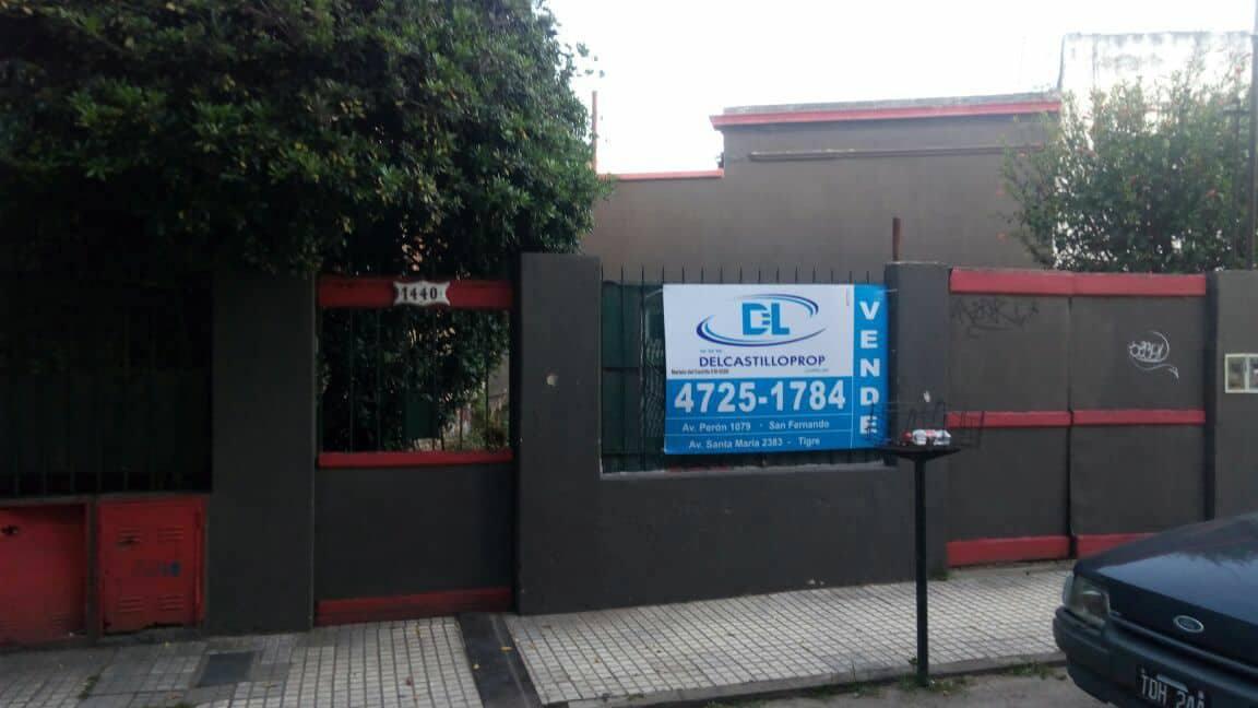 Foto Casa en Venta en  San Fernando ,  G.B.A. Zona Norte  Ferrocarriles argentinos al 1400