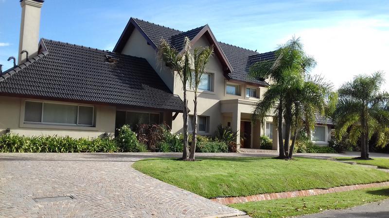 Foto Casa en Venta en  Los Cardales,  Countries/B.Cerrado  CCLC 1081-1082