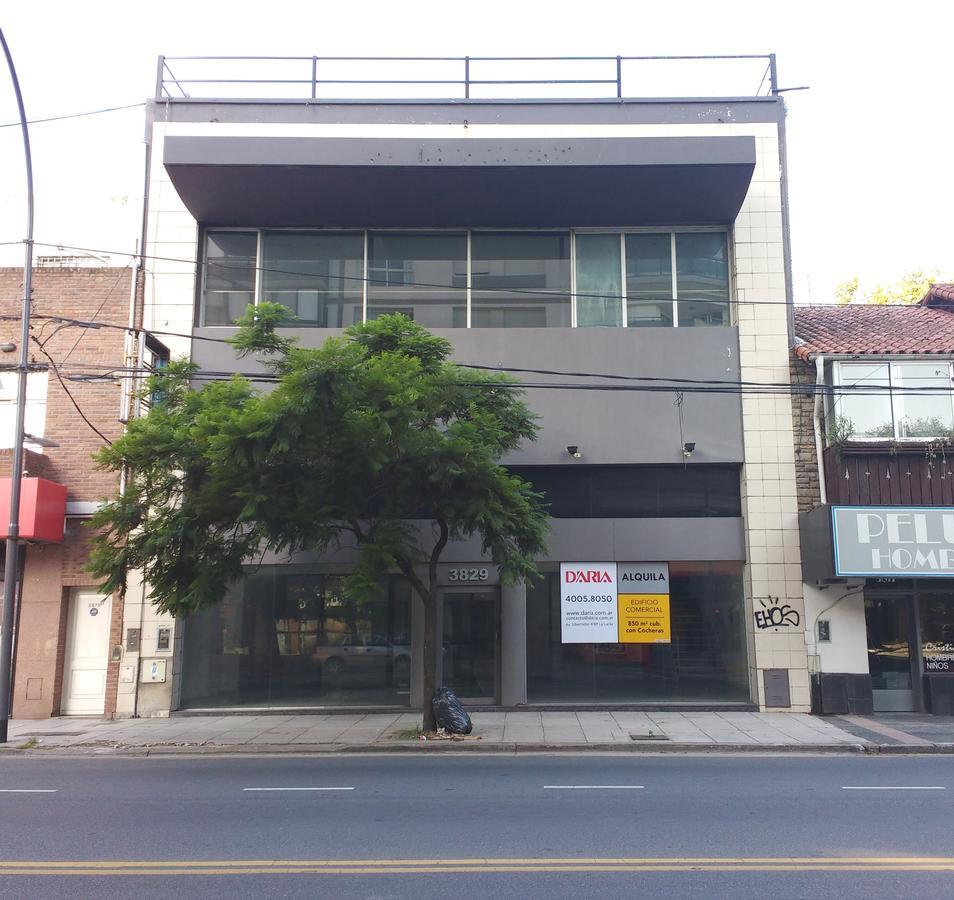 Foto Local en Alquiler en  La Lucila,  Vicente Lopez  Av. del Libertador 3829