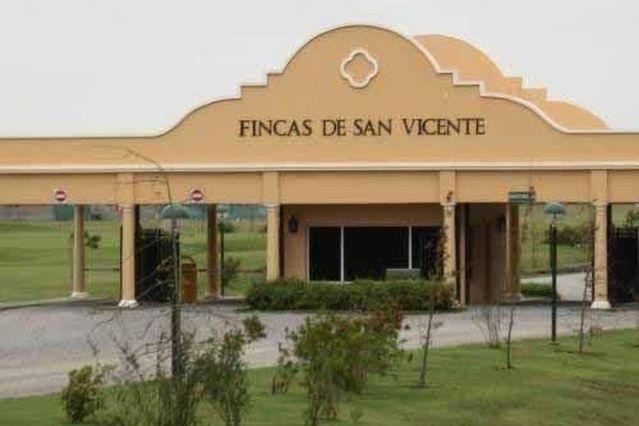 Foto Terreno en Venta |  en  Countries/B.Cerrado,  San Vicente  Finca sport San Vicente
