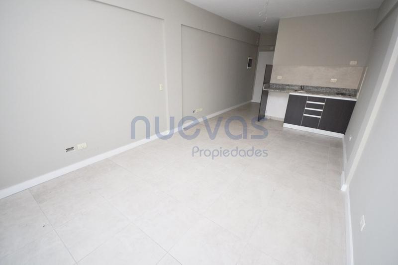 Foto Departamento en Venta en  Flores ,  Capital Federal  Membrillar 76 (entre Av. Rivadavia y Ramon Falcon)
