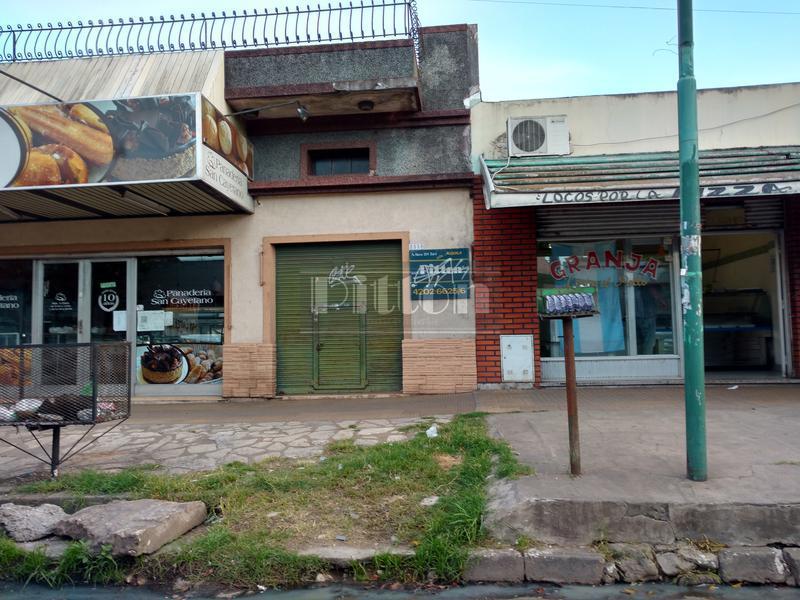 Foto Local en Alquiler en  Lomas De Zamora ,  G.B.A. Zona Sur  Molina Arrotea 2536