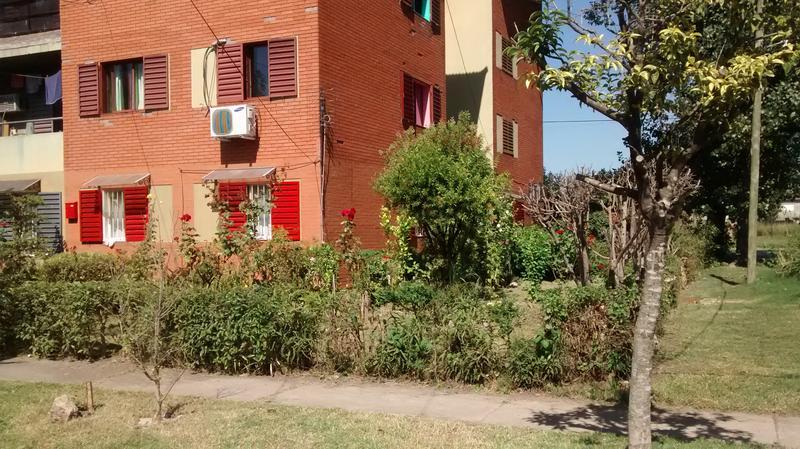 Foto Departamento en Venta en  Banfield Oeste,  Banfield  BARRIO ODISA T23