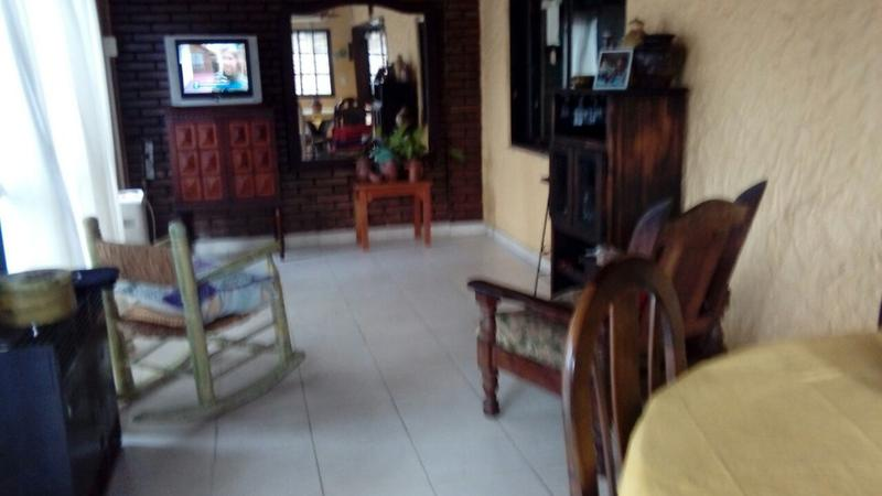 Foto Casa en Venta en  Castelar Sur,  Castelar  Palmero  al 3600