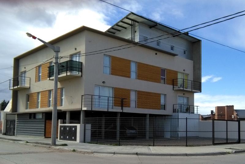 Foto PH en Venta en  Trelew ,  Chubut  Belgrano y El Carmen