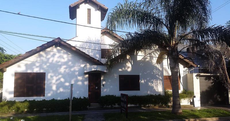 Foto Casa en Venta en  Castelar,  Moron  Álvarez Jonte al 200 esquina Campichuelo