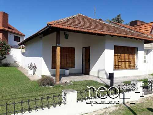 Foto Casa en Venta en  Los Polvorines,  Malvinas Argentinas  Alejandro Dumas al 3800
