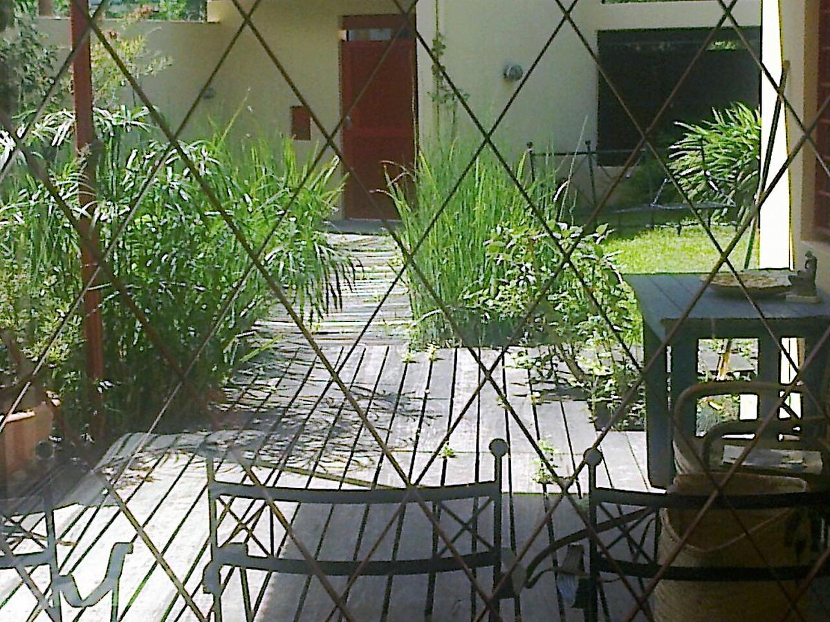 Foto Casa en Venta en  Las Lomas de San Isidro,  San Isidro  La Rabida al 1300
