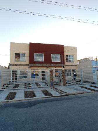 Foto Casa en Venta en  Castelar Norte,  Castelar  RANCHOS entre SANCHEZ, FLORENCIO y SALCEDO