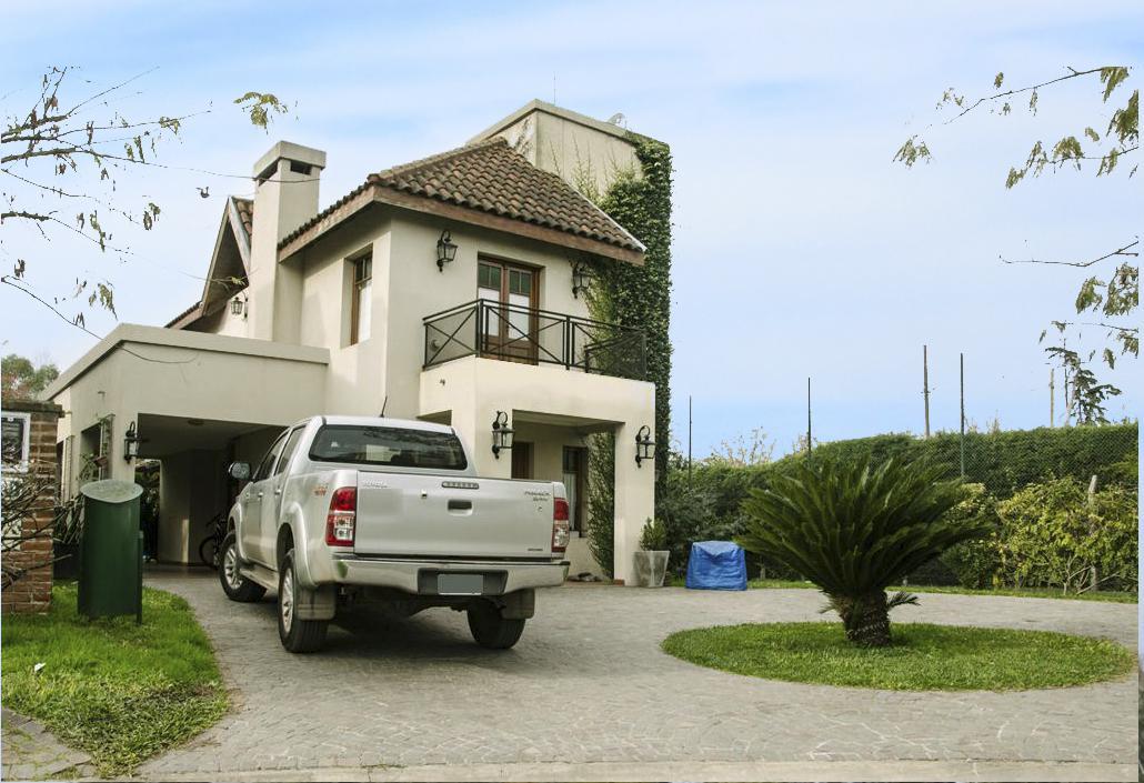 Foto Casa en Venta |  en  Haras Maria Eugenia,  Countries/B.Cerrado  intendente corvalan al 2400