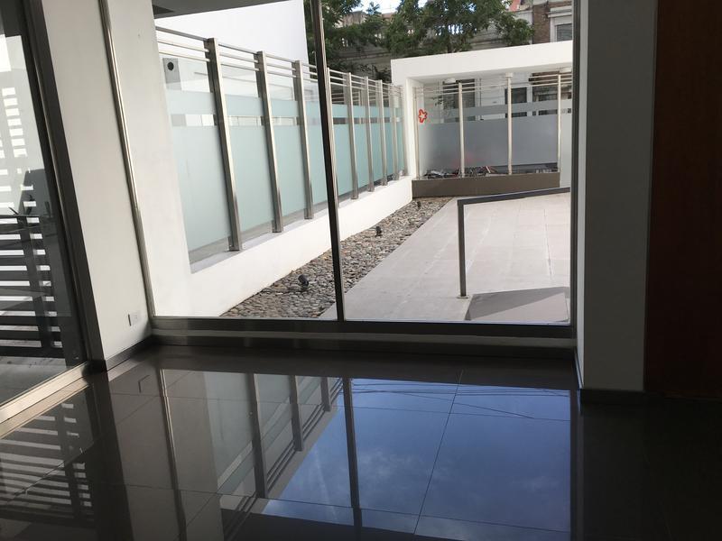 Foto Departamento en Venta |  en  Centro,  Rosario  Tucuman al 1500