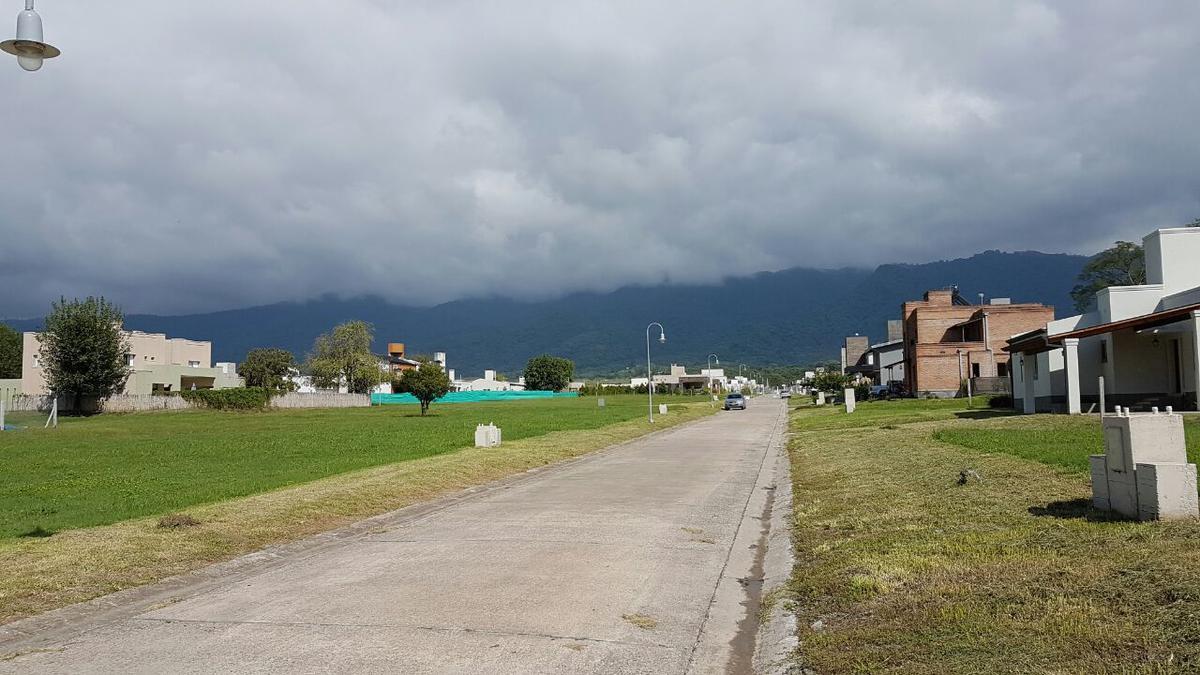 Foto Terreno en Venta en  Yerba Buena ,  Tucumán  Quinta Azucena