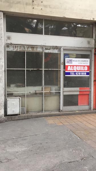 Foto Local en Alquiler en  San Juan,  Capital  Laprida entre Sarmiento y Entre Rios