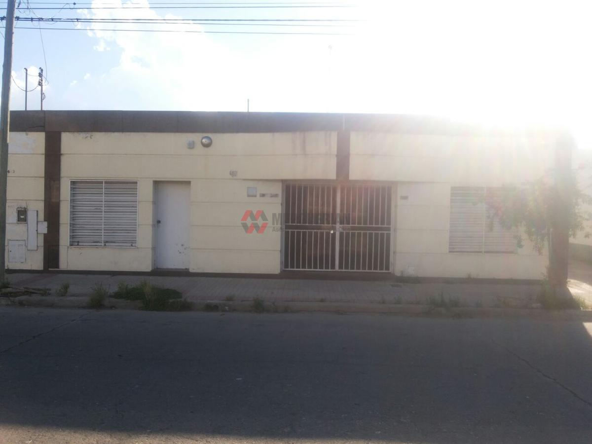 Foto Nave Industrial en Alquiler en  San Martin,  Cordoba  USPALLATA al 1400