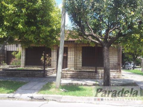 Foto Casa en Venta en  Ituzaingó,  Ituzaingó  Lucero esq. Bacacay