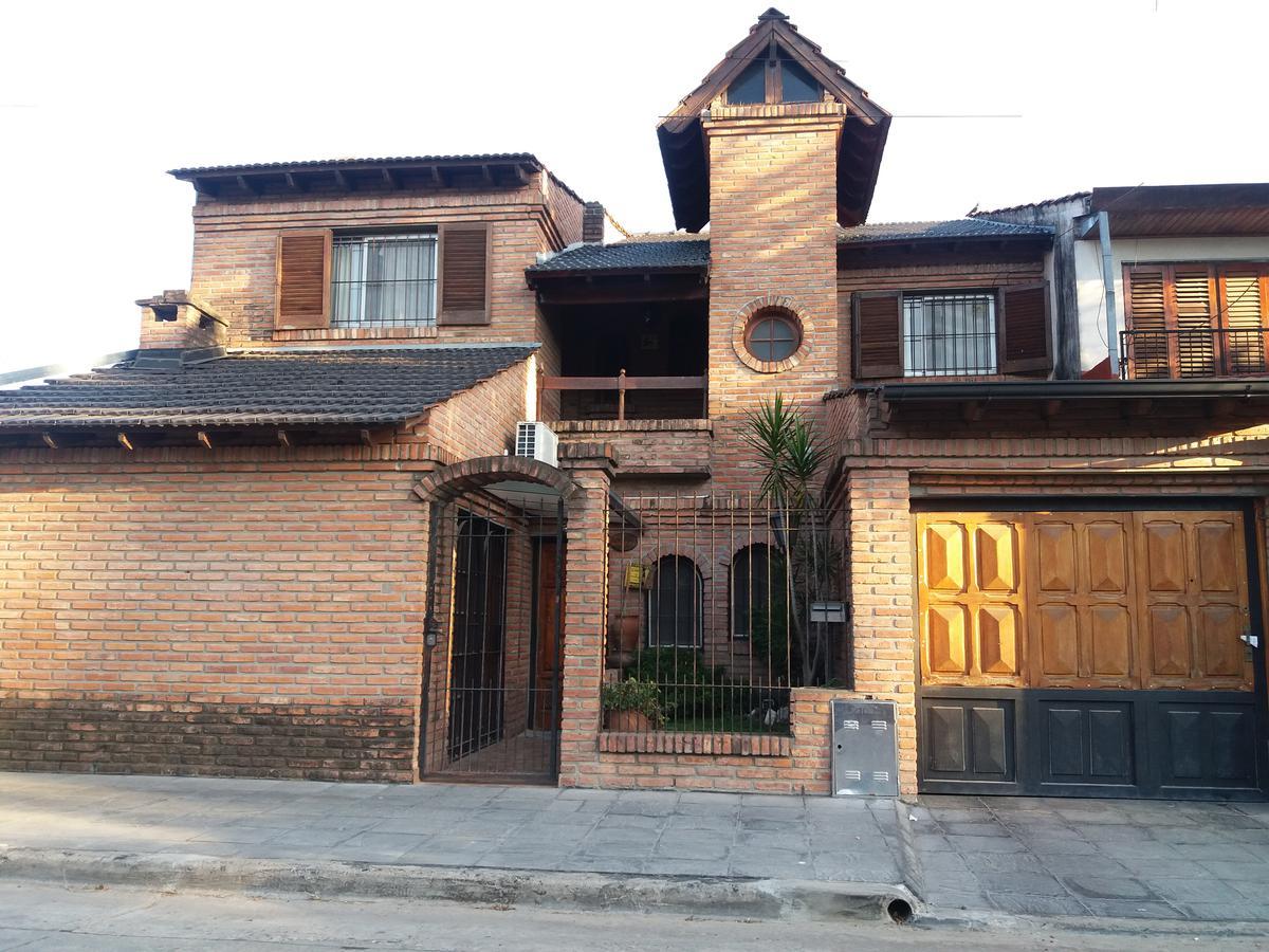 Foto Casa en Venta en  Castelar,  Moron  Zabala al 3300