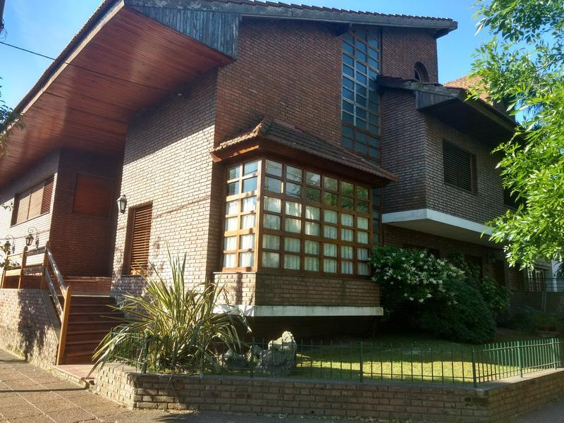 Foto Casa en Venta en  Centro (Zarate),  Zarate  Suipacha al 500