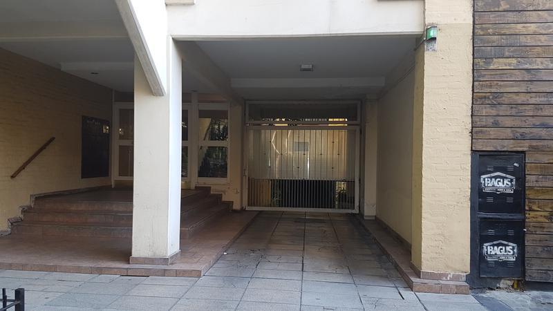 Foto Departamento en Venta |  en  Lomas de Zamora Oeste,  Lomas De Zamora  Colombres al 200