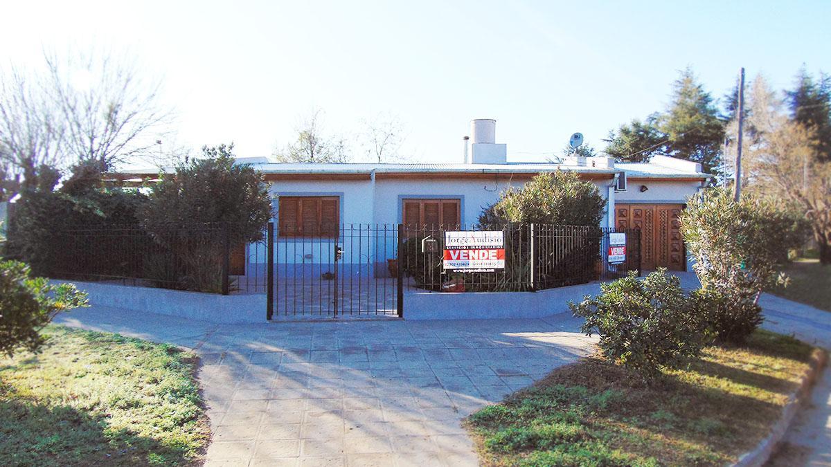 Foto Casa en Venta en  General Pico,  Maraco  Calle 40 esq 15