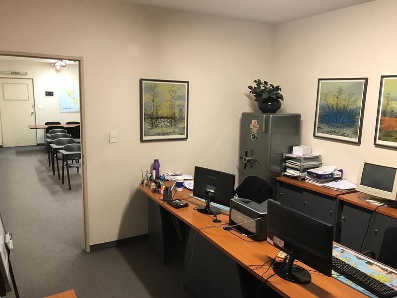 Foto Oficina en Venta en  Tribunales,  Centro  Montevideo al 600