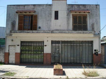 Foto Local en Venta en  Llavallol,  Lomas De Zamora  MOLDES 200