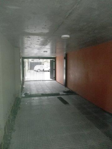 Foto Cochera en Venta en  Lomas de Zamora Oeste,  Lomas De Zamora  España 450